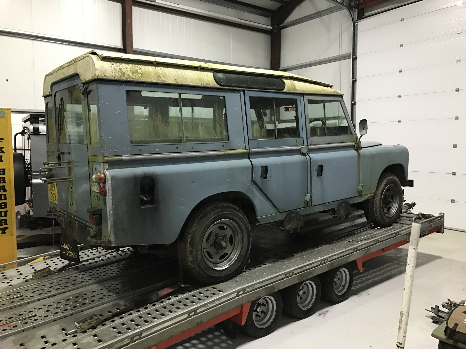 Land Rover Stage 1 V8 Station Wagon 1980 - Future Land Rover Restorations - ACH Classic